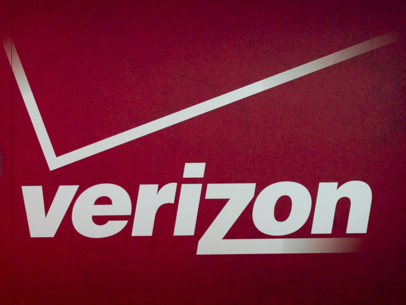 Verizon 5G home Internet: $70/month, 300Mbps to 1Gbps speeds, no data caps